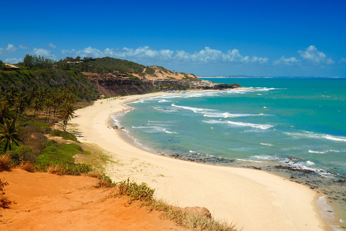 What to do in Pipa? Beaches, experiences and the village.